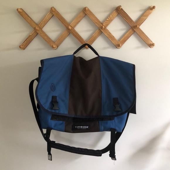 Timbuk2 Other - Large Timbuk2 Messenger Bag — Navy and brown